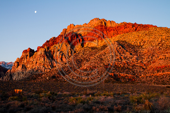 Red Rock and Moon 7322